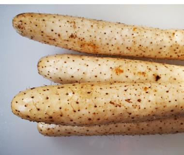 国産・青森県産山芋のみを厳選使用